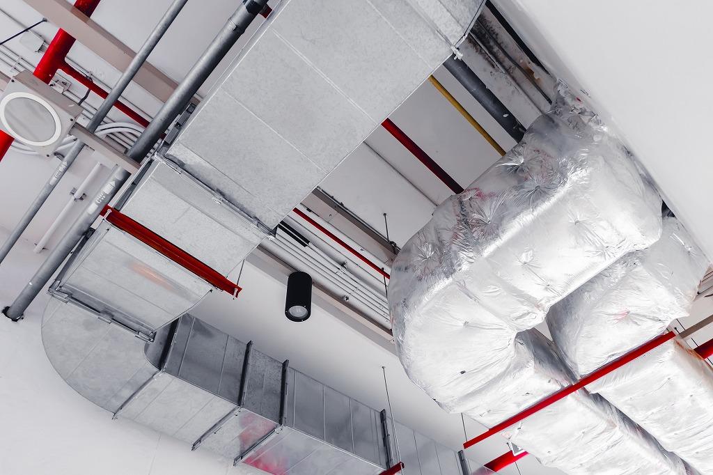 ダクト工事・ガス管配管、違いとそれぞれの役割
